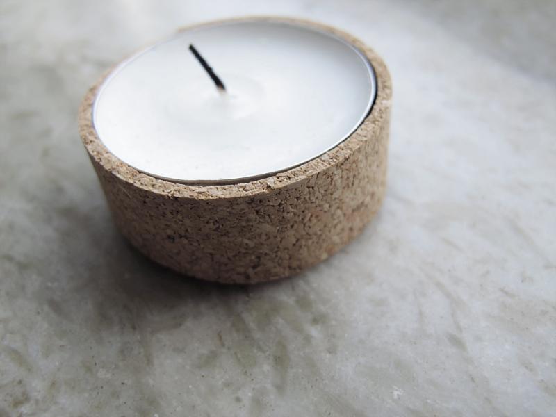 diy cork candleholder