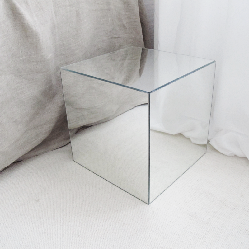 DIY MIRROR CUBE DESIGN AND FORM